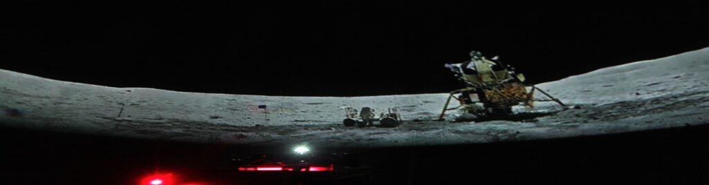Panorámica sobre la Luna